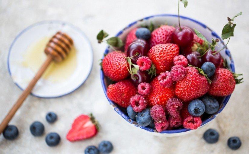 10 fructe ideale de mâncat când sunteți la dietă