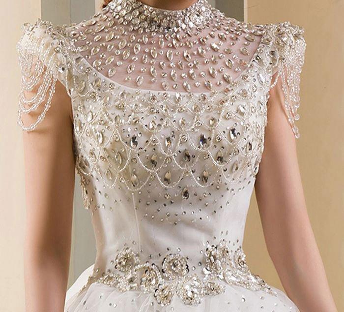 rochie cu diamante