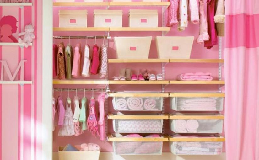 Cum să păstrați dulapul bebelușului organizat